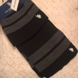 Black & Grey Striped US Polo Assn Scarf & Hat